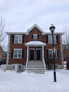 5 1/2 Apartment for rent in Chomedy Laval