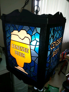 GENESEE BEER ROTATING STAINED GLASS STYLE. LAMP
