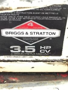 Old Briggs and Stratton 3.5 Hp Lawnmower Parts
