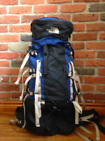 *NEUF* Northface traveling backpack, sac à dos de voyage