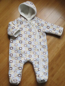 Boys/Girls Snowsuits - Size 3 Mths  Now 25% Off!