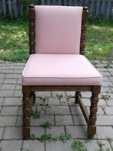 DINING ROOM CHAIRS (8)