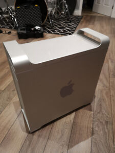 Early 2008 Apple Mac Pro 3,1 Computer. SSD. 24GB RAM.