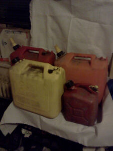 - - 4 GAS CANS -- ALL FOR 10 BUCKS -- FUEL - DIESEL - -