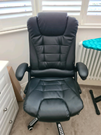 Black Office Chair (as good as new)