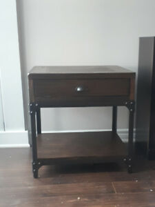 Side table/accent table with metal details