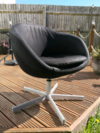 IKEA - Skruvsta swivel chair