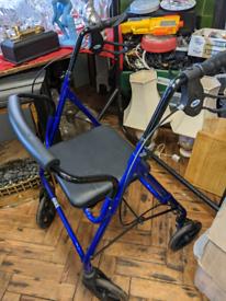 Rollator - Seat walker