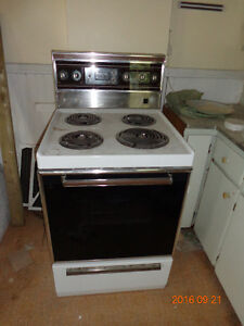 """FREE 24"""" STOVE - FULLY OPERATIONAL"""