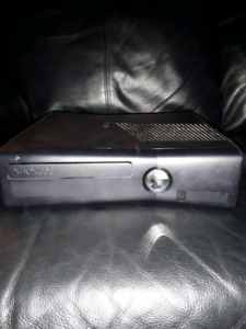 Xbox 360 with 32GB exterior hard drive