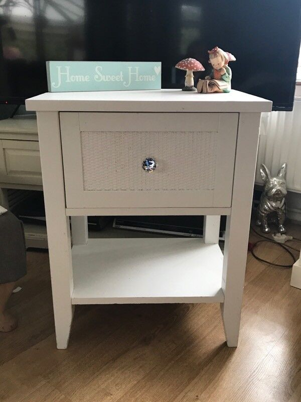 Solid Wood White Bedside TABLE