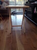 4 Wooden TV Tray Table Set