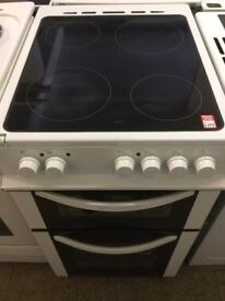 Logik White electric cooker with ceramic glass top,