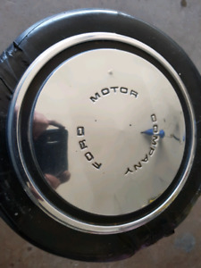 1970 ford hubcaps