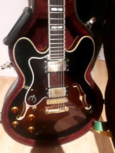 Gibson Epiphone Sheraton II left handed guitar