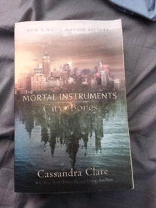 Cassandra Clare -  the mortal instruments : city of bones