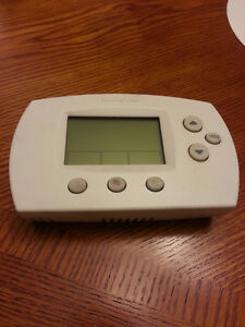 Fully functional Honeywell Programmable Thermostat
