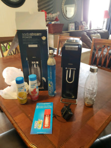 Soda stream sparkling water/pop maker