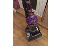 Excellent Dyson dc33 animal upright free delivery