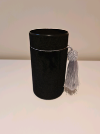 Handmade velvet tube box with tassel