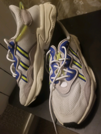 Adidas trainers10.5(Battersea)