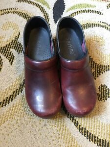 Women's orthopaedic clogs