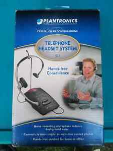 Telephone headset system hands free
