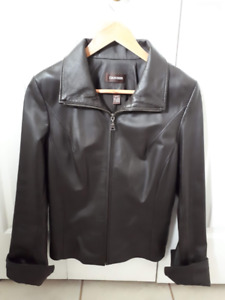 Womens Danier Leather Jacket - Size XS