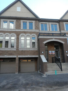 BEAUTIFUL NEW OSHAWA 3-BDRM TOWNHOUSE FOR LEASE