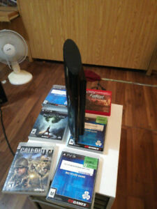 Ps3 slim( cech-4301c )500gb with 7 games and one controller