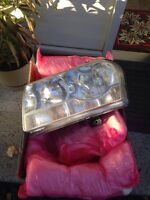 Headlights RH & LH Chrysler300 2006,06,07