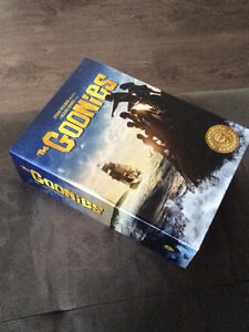 25th anniversary collection sealed blue ray with game Goonies