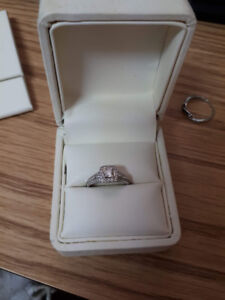 Canadian Diamond Engagement Ring and Wedding Band