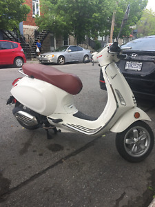 Vespa Primavera Very Low Mileage