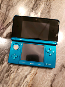 Nintendo 3DS with 3 games