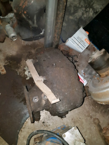 Rockwell 221 gear drive transfercase , was hooked to sm465