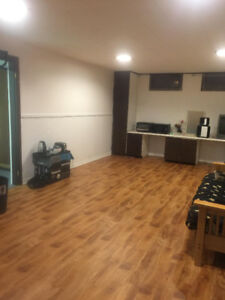 Rooms for Rent in Basement (Starting Sept/2018)