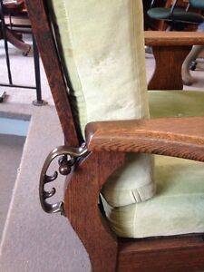 Antique Morris Recliner Chair Stratford Kitchener Area image 4