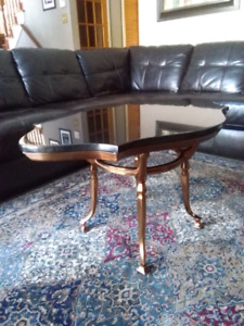 Bombay granite coffee table basse