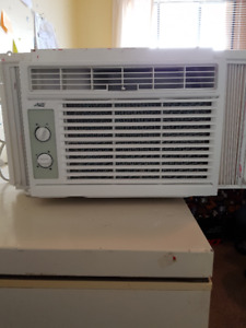 Brand New 5000 BTU Artic King Air Conditioner $100 Firm,