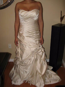 Satin ivory wedding dress-used only for these pictures