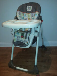Chaise haute-  Baby Trend - High Chair
