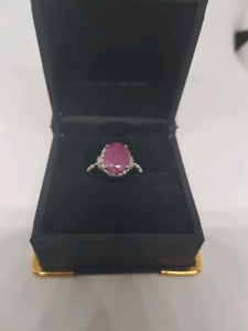 9ct white gold Ruby ring with diamonds Belmont Belmont Area Preview