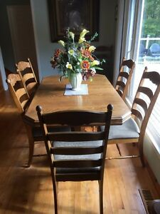 Buy Or Sell Dining Table Sets In Nova Scotia Furniture Kijiji Class