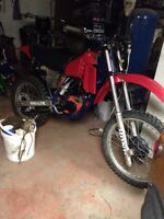 1982 cr125 needs very little too ride!!$1400