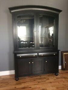 China Cabinet / Hutch / Display Unit