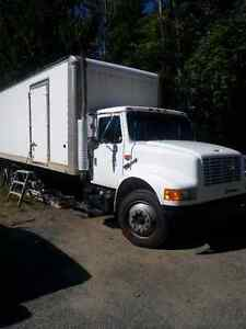 1992 4000 Series International Truck with Cube Van