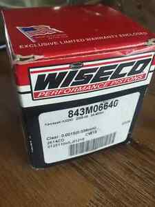 Brand new in box Wiseco Forged Performance Piston KX250 2005-08