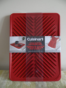 A Package of 2 Brand New Cuisinart Silicone Dish Drying Mats