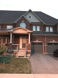 Waterdown Townhouse for Rent/Lease!